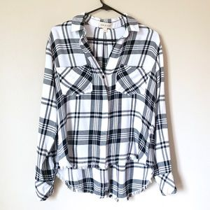 Cloth & Stone white and black Flannel button up